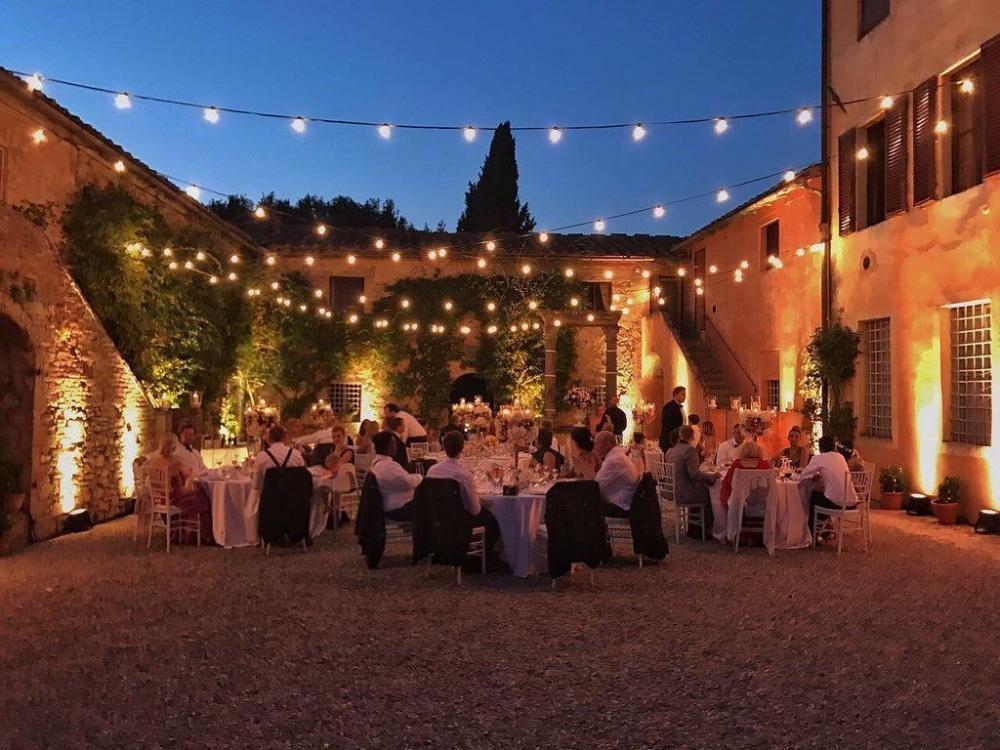 villa for wedding in tuscany siena
