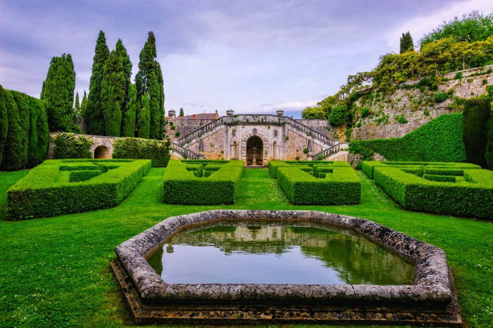 wedding villa in tuscany with fountain