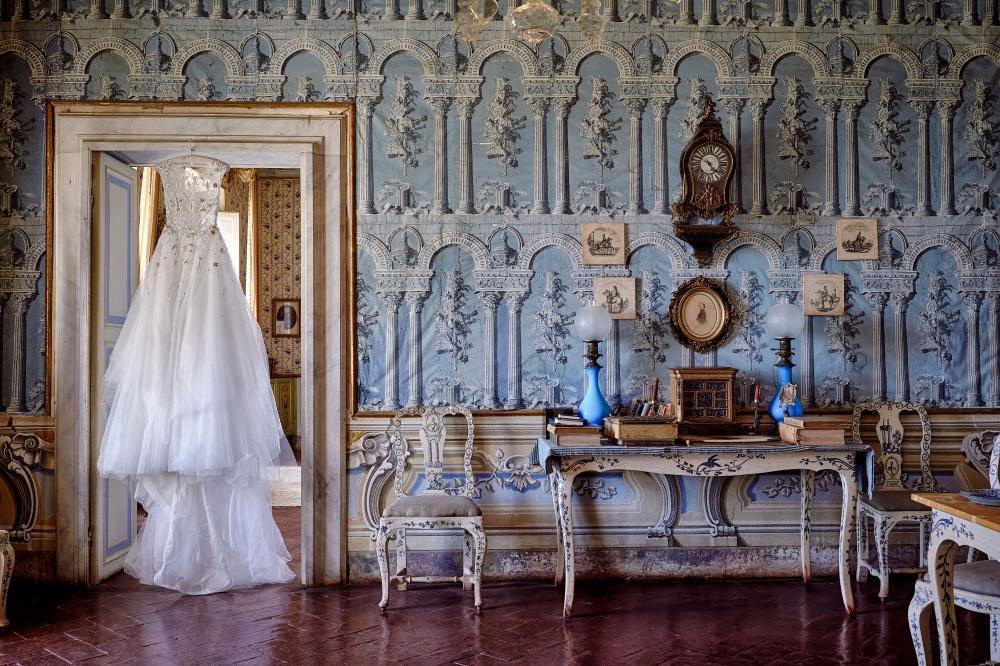 wedding villa indoor room in tuscany