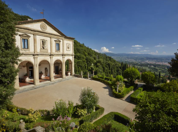 wedding villa entrance with florence view