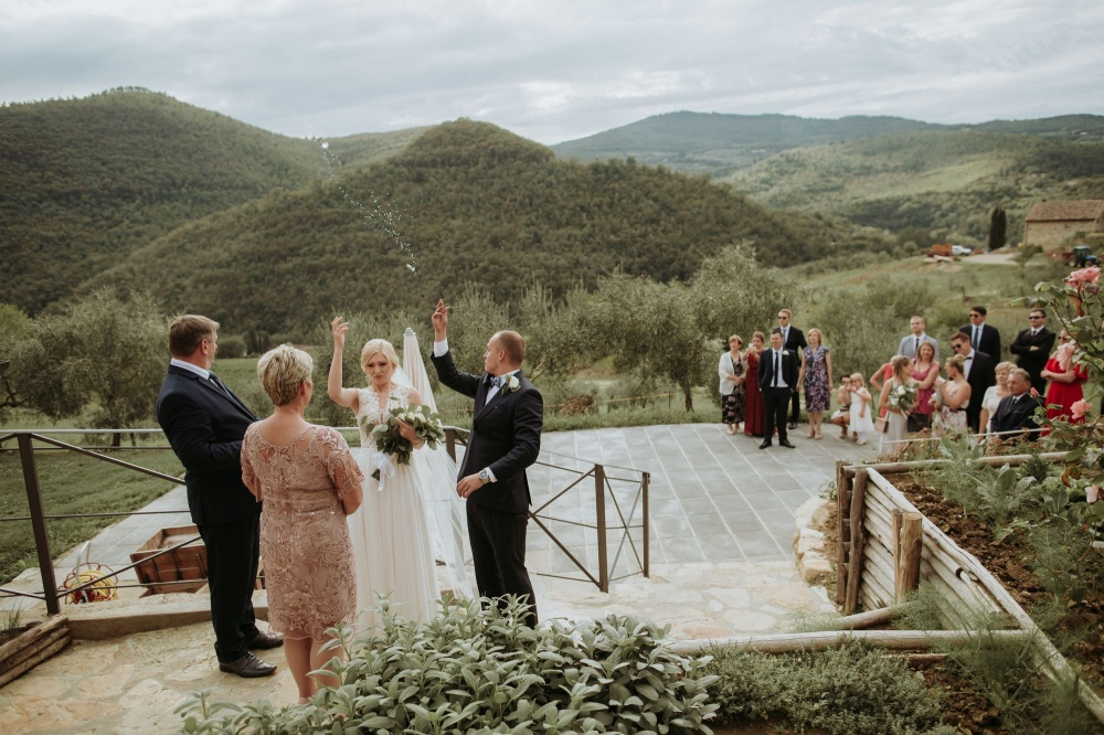 weddings in a castle in florence tuscany