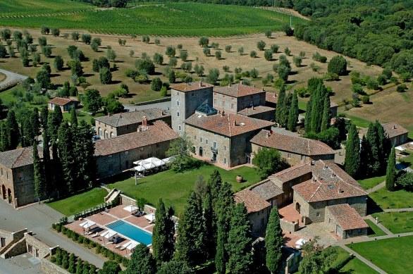 weddings in a luxury hamlet in tuscany