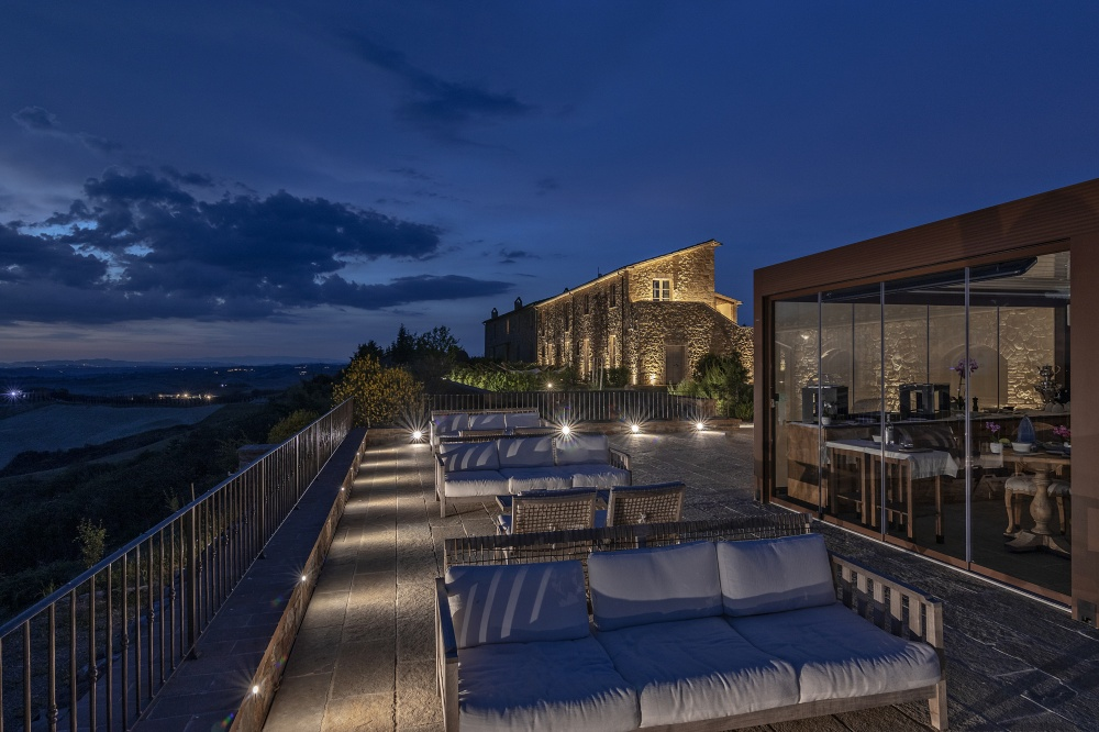 night view of the panoramic terrace
